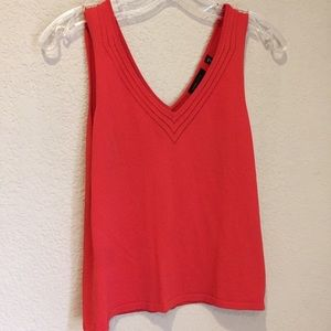BCBG knit v neck sleeveless sweater top